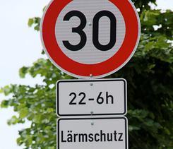 Heidelberg panneau 30 km/h la nuit