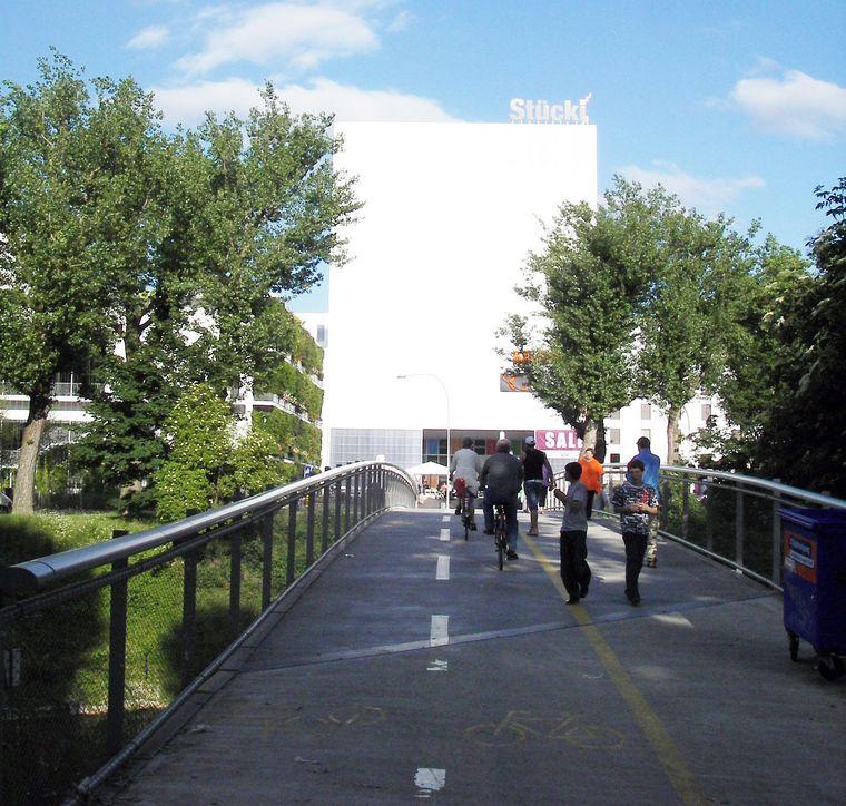Stucki Shopping Center Bale