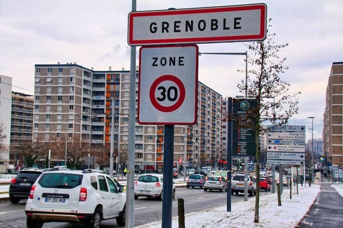 Grenoble porte 30 km/h
